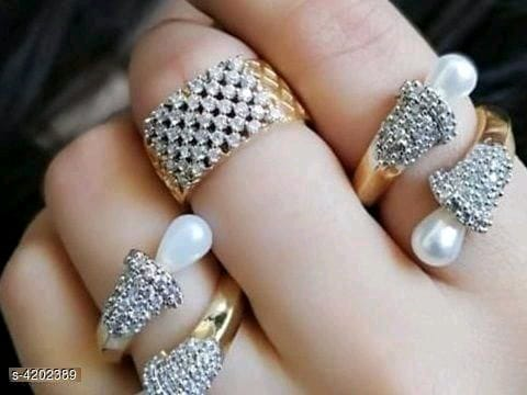 Trendy Diamond Rings Pack of 3