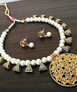 Beautiful white beads golden pendent necklace set